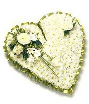 Traditional Green and White Heart