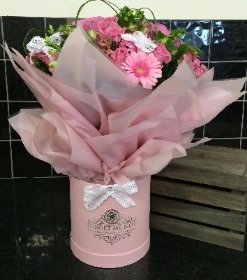 Pretty Pinks Luxury Hatbox